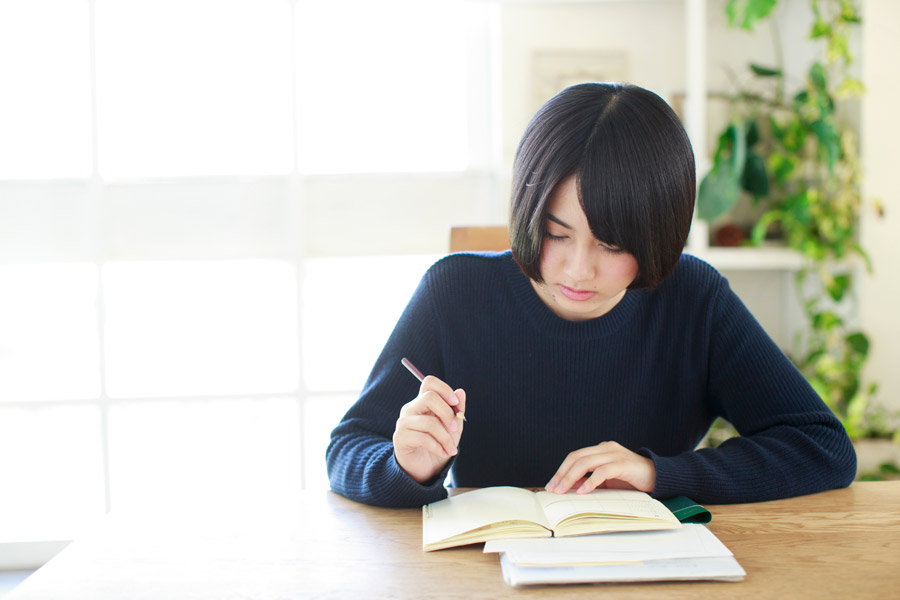 Why Japanese students don't study hard in a college or a university?